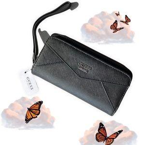 NWT Guess Tri-fold Wallet